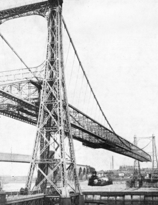 RUNCORN TRANSPORTER BRIDGE