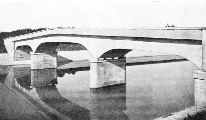 BLACKWATER BRIDGE, Shannon power scheme