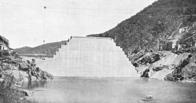 UPSTREAM FACE of the Burrinjuck Dam in the course of construction
