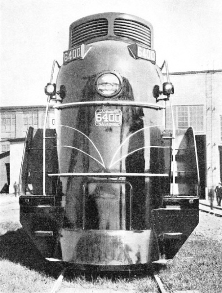 A ROUNDED NOSE conceals the circular smokebox of No. 6400