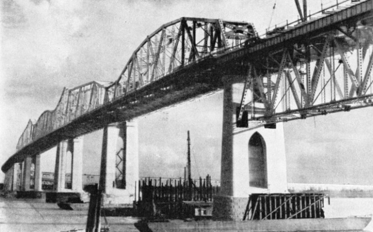 THE HUEY LONG BRIDGE across the Mississippi