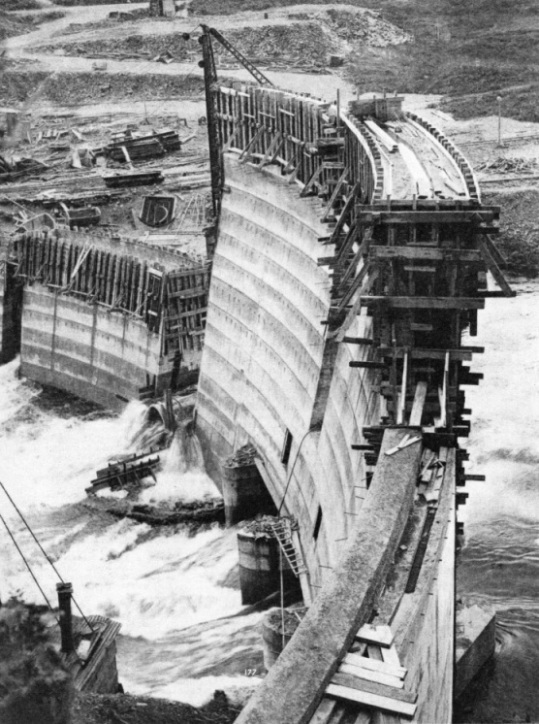 BUILDING THE EARLSTOUN DAM