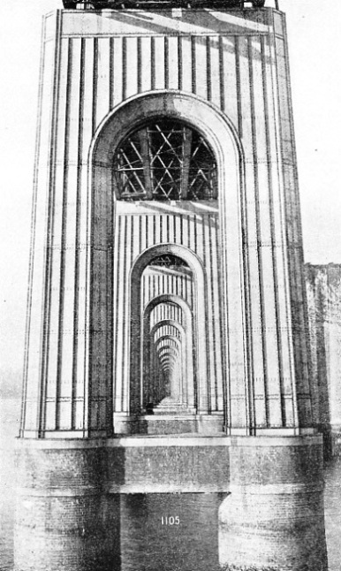 WROUGHT-IRON SUPERSTRUCTURE of the piers for the second Tay Bridge